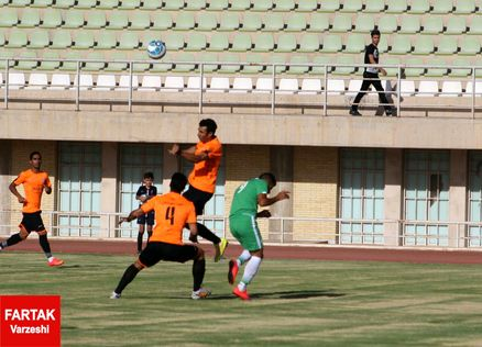 پیروزی مدعیان در هفته دوم لیگ دسته یک فوتبال