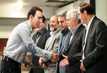 فیلم/ کرونا، گزارشگر معروف ایران را خانهنشین کرد