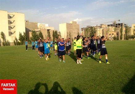 تمرین ضربه ایستگاهی منصوریان و به وجد آمدن استقلالیها/ هواداران باز هم آمدند!