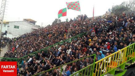 تشویق امیر قلعه نویی توسط هواداران خونه به خونه!