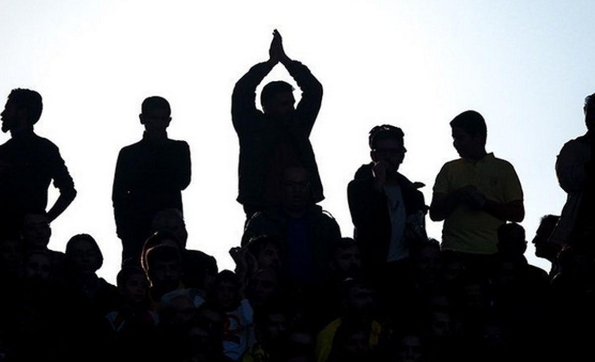 فوتبال ایران را به مزایده بگذارید!