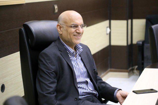 جلسه غفوری و فتحی با نماینده شرکت تامین کننده البسه استقلال
