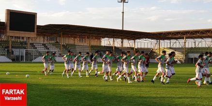 پیروزی  ۵ بر صفر، تیم فوتبال نوجوانان در دیدار دوستانه
