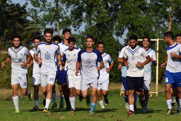 شکایت باشگاه ملوان از ناظر بازی با استقلال