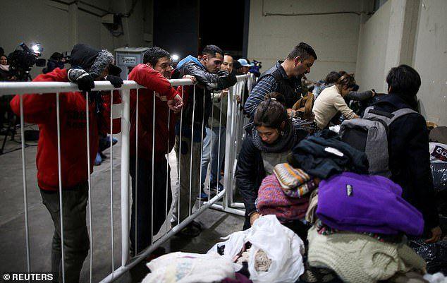 کمک رستوران لیونل مسی به بی خانمان ها (عکس)