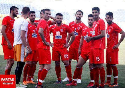 پرتاب سنگ در بازی استقلال خوزستان و پرسپولیس