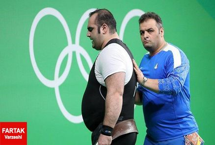 انوشیروانی سرمربی تیم ملی وزنه برداری باقی ماند