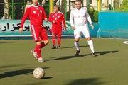 فوتبال پیشکسوتان جام شکوری/ چرخ جام بیست و پنجم بحرکت درامد