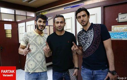 تصویر امضا و اثر انگشت بازیکنان استقلال