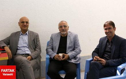مدیران استقلال یک روز دیرتر به قطر می روند