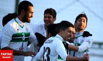 سبزپوشان اصفهانی پرچم را بالا نگه می دارند؟