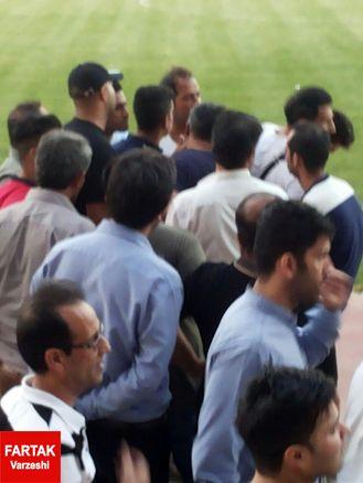 درگیری لفظی کمک لیدر در سر تمرین پرسپولیس/ اختلاف لیدرها با محسن مسلمان