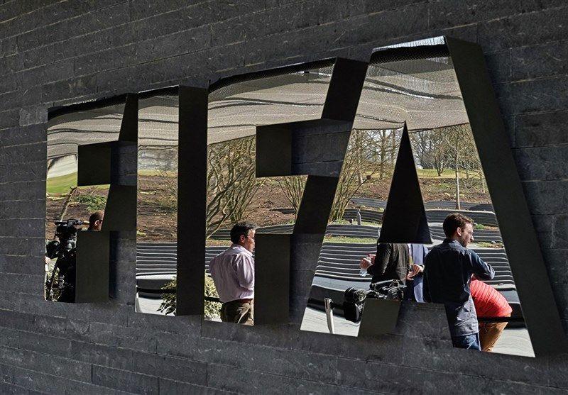 فیفا: قرارداد بازیکنان تا پایان مسابقات این فصل تمدید میشود