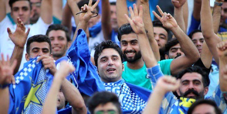 شادی هواداران استقلال به سبک دیاباته و شعارهای تمام نشدنی علیه فتحی