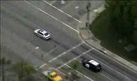 منهای ورزش/ سرعت جنون آمیز خودروی آئودی برای فرار از دست پلیس+فیلم