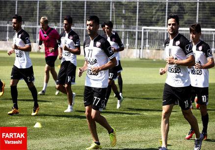 فنونیزاده: شفافسازی قراردادها فقط به فوتبال محدود نشود/ وضعیت پرسپولیس مطلوب است