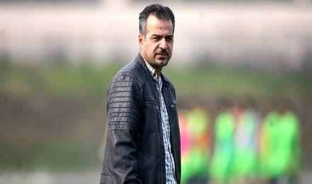 رمضانی:میثاقی چون دوربینش را به تمرین راه ندادیم آشوب کرده است/اگر فوتبال یک تیم است، لیگ را با یک تیم برگزار کنند
