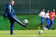 تمدید قرارداد سرمربی تیم ملی فوتبال روسیه تا ۲۰۲۴
