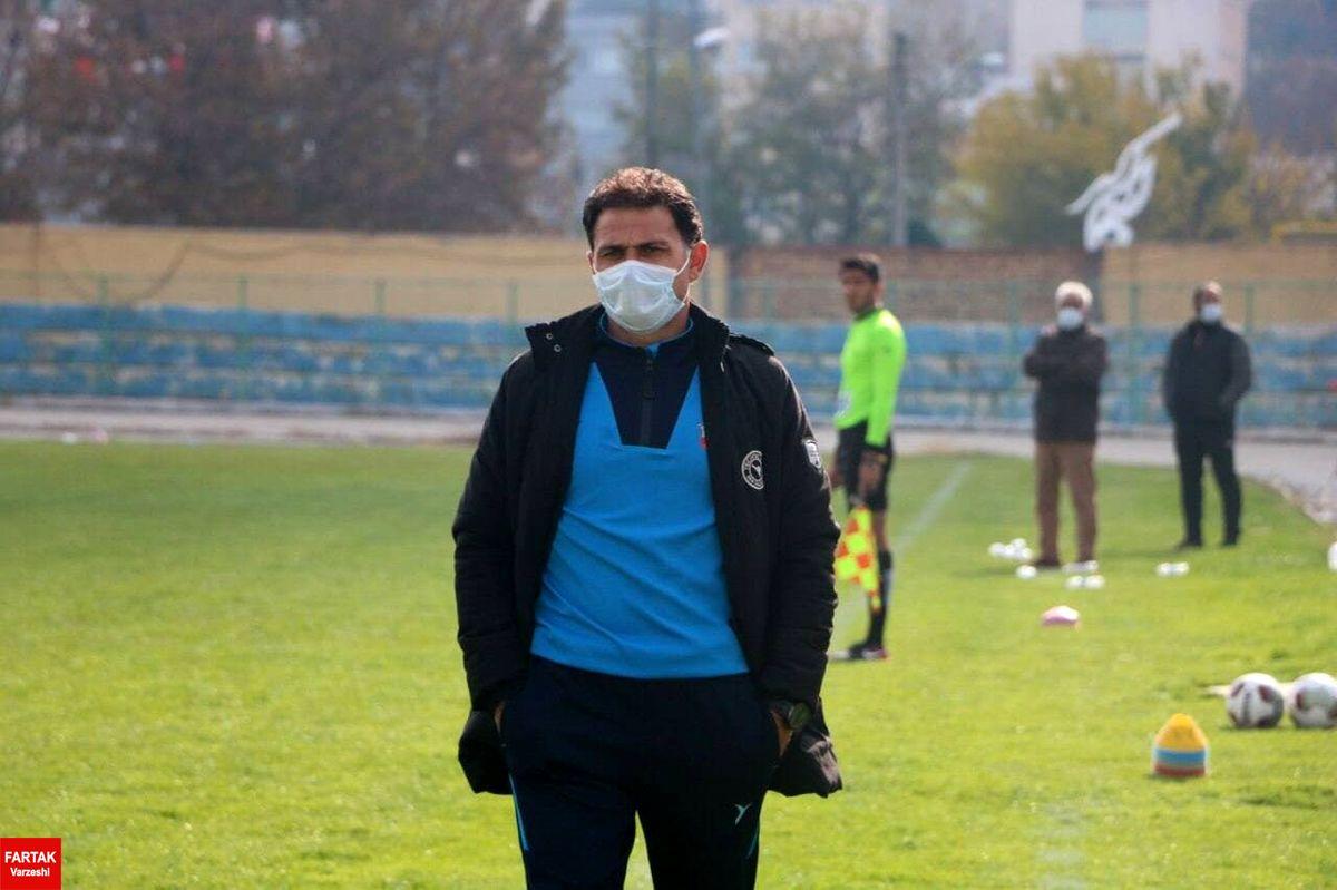 سرمربی نود ارومیه از هدایت این تیم استعفا داد