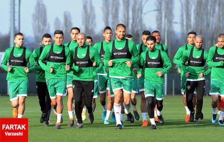 بیش از هفتاد درصد بازیکنان رقیب اصلی  ایران در جام جهانی در کشورشان به دنیا نیامدند!