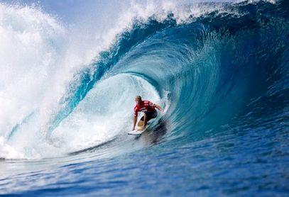 کلیپ دیدنی برای علاقه مندان به ورزش موج سواری
