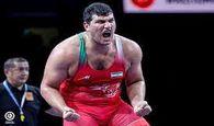 مراسم اهدای مدال طلا جهان به علی اکبر یوسفی