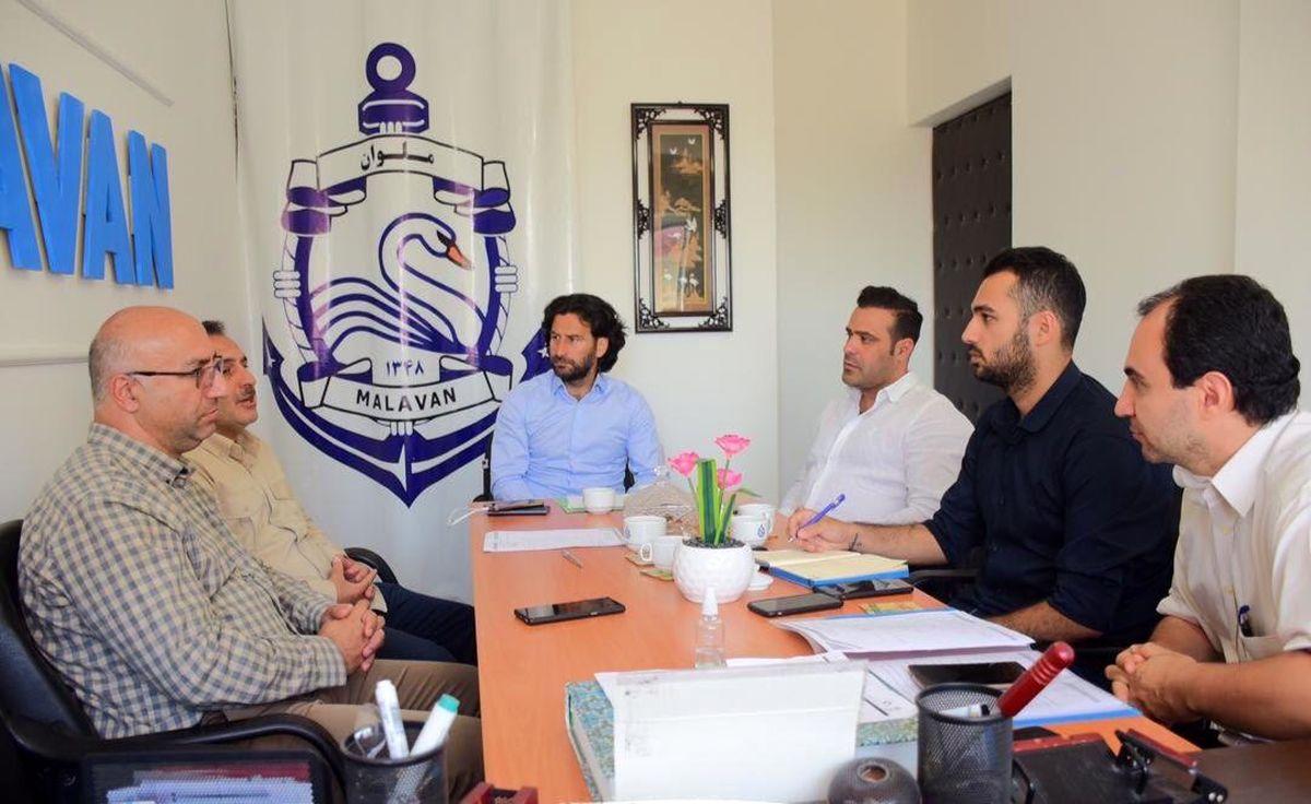 نشست باشگاه ملوان با شورای شهر بندرانزلی