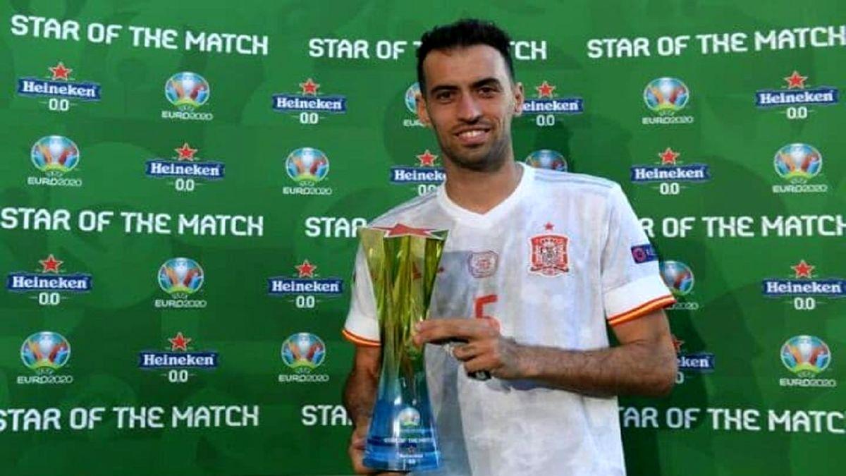 بوسکتس بهترین بازیکن دیدار تیمهای ملی فوتبال اسپانیا و اسلواکی شد