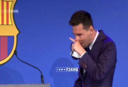 اشکهای لیونل مسی در مراسم وداع با بارسلونا